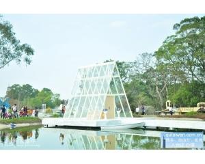 桃园富田花园农场水上的水晶教堂配上白钢琴超浪漫