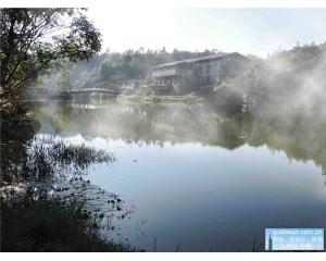 苗栗向天湖欣赏到赛夏族的图腾听部落神秘传说