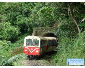 台铁推出邮轮式列车套装行程包含交通、膳食、住宿、景点