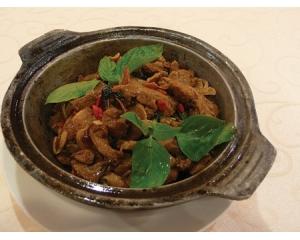 台北春天素食餐厅有机健康的美食招牌菜三杯猴菇