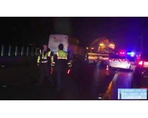 在台湾的天津省19人的观光团游览车发生车祸5人